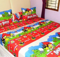 Sprei Angry Birds New Merah uk.180 t.25cm